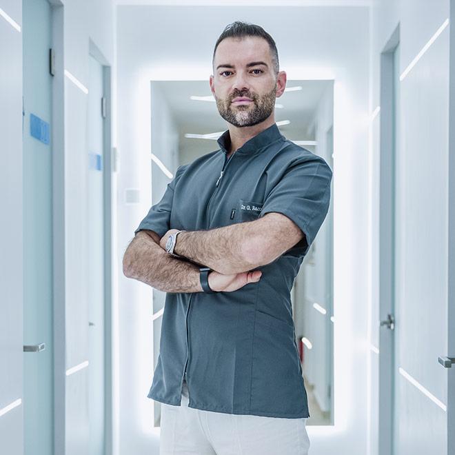 Dott. Gianluca Raco: ortodonzia linguale, classica e invisalign.