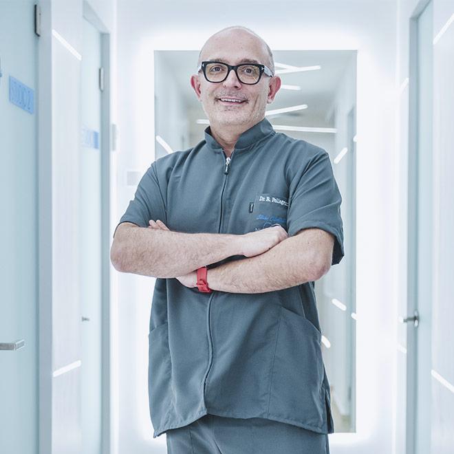 Dott. Roberto Pellegrino: implantologia, chirurgia, protesi, parodontologia.